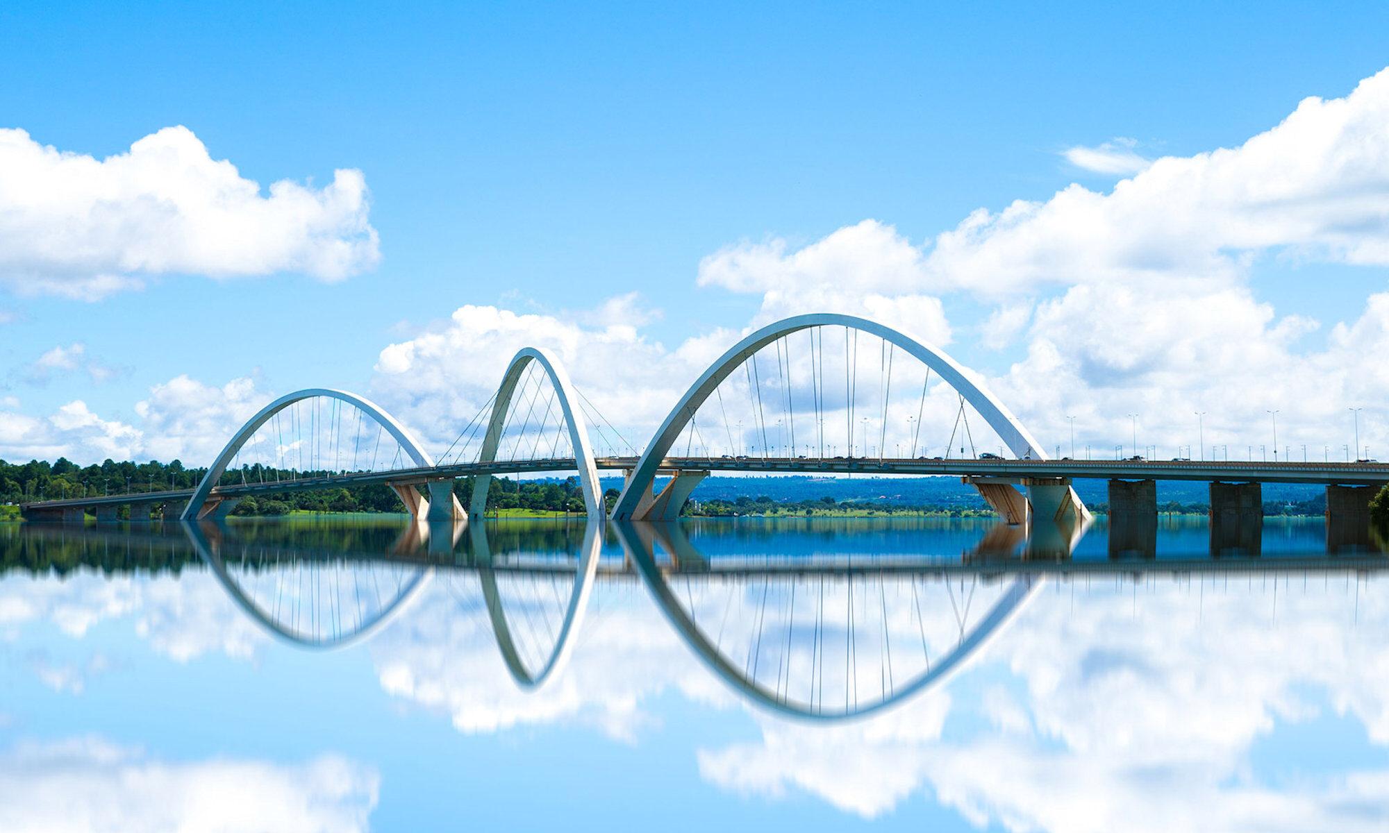 Bro til Orø nu